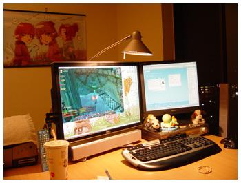 Maiev's Room with Daggy's Poster, FFXI Fenrir, Desktop Setup